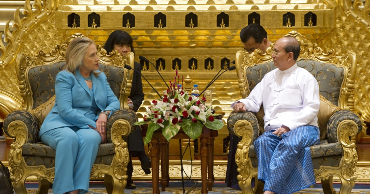 Myanmar President Thein Sein meets with US Secretary of State Hillary Clinton during a meeting in Naypyidaw, Myanmar in 2011.</p>