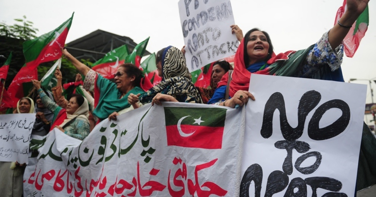 Pakistanis in Karachi protest a NATO attack that killed 24 Pakistani soldiers over the weekend.</p>