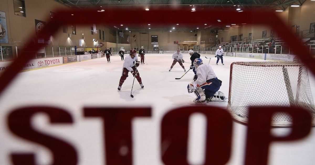 Hockey players participate in a workout at the Ice Den on December 3, 2012 in Scottsdale, Arizona. More than a dozen players from around the league that were not able to play during the NHL lockout attended workouts at the Phoenix Coyotes practice rink. A deal to end the lockout was finally reached on January 6, 2013.</p>