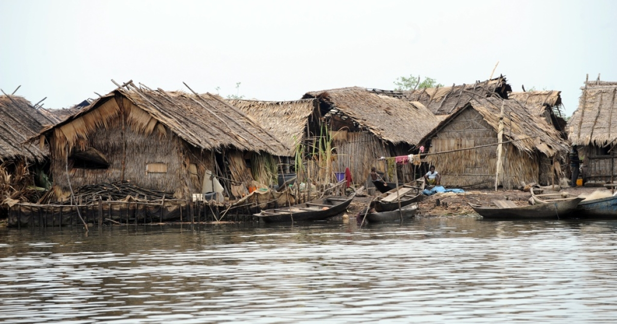 A poverty-stricken fishing settlement in Rivers State, Nigeria.</p>