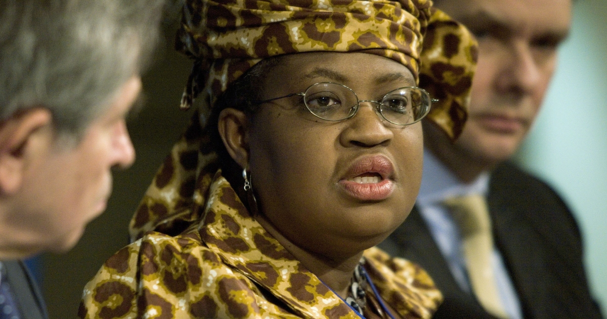 Nigerian Finance Minister Ngozi Okonjo-Iweala (C) speaks during a news briefing at the International Monetary Fund April 21, 2006 in Washington, DC.</p>