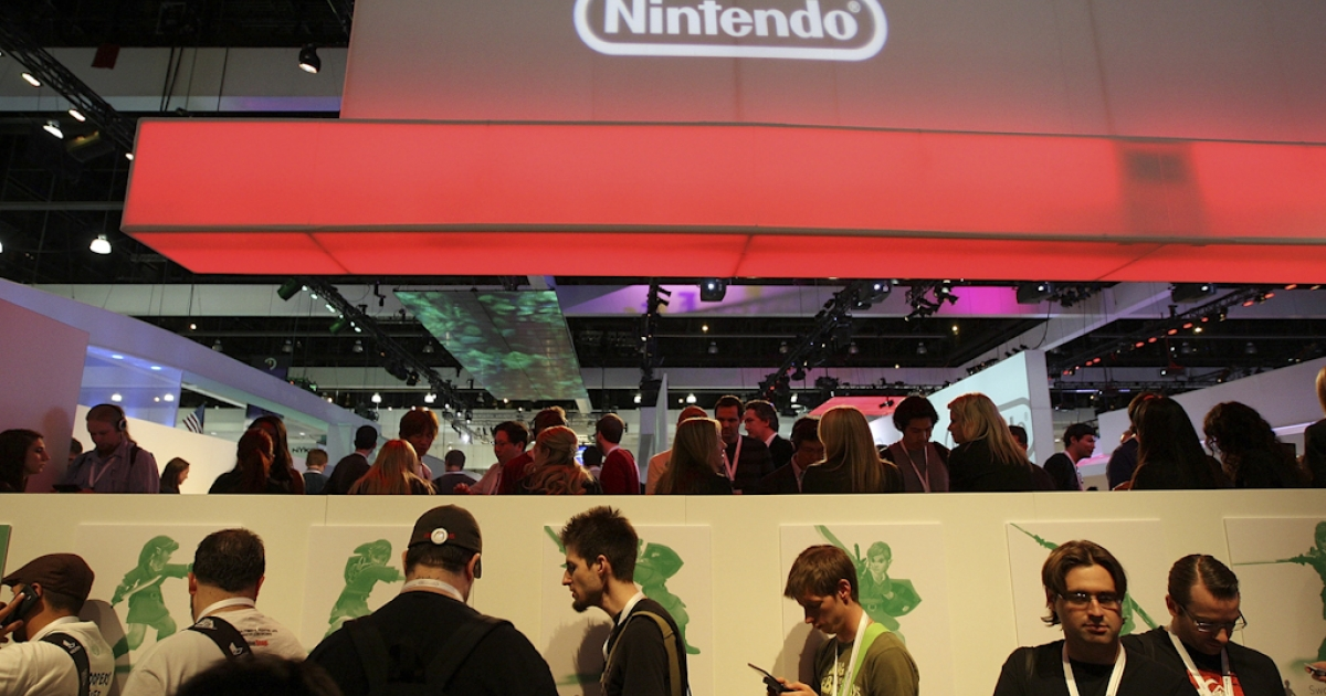 Long lines form to try new games in the Nintendo exhibit in the annual Electronic Entertainment Expo (E3) at the Los Angeles Convention Center on June 16, 2010 in Los Angeles, California.</p>