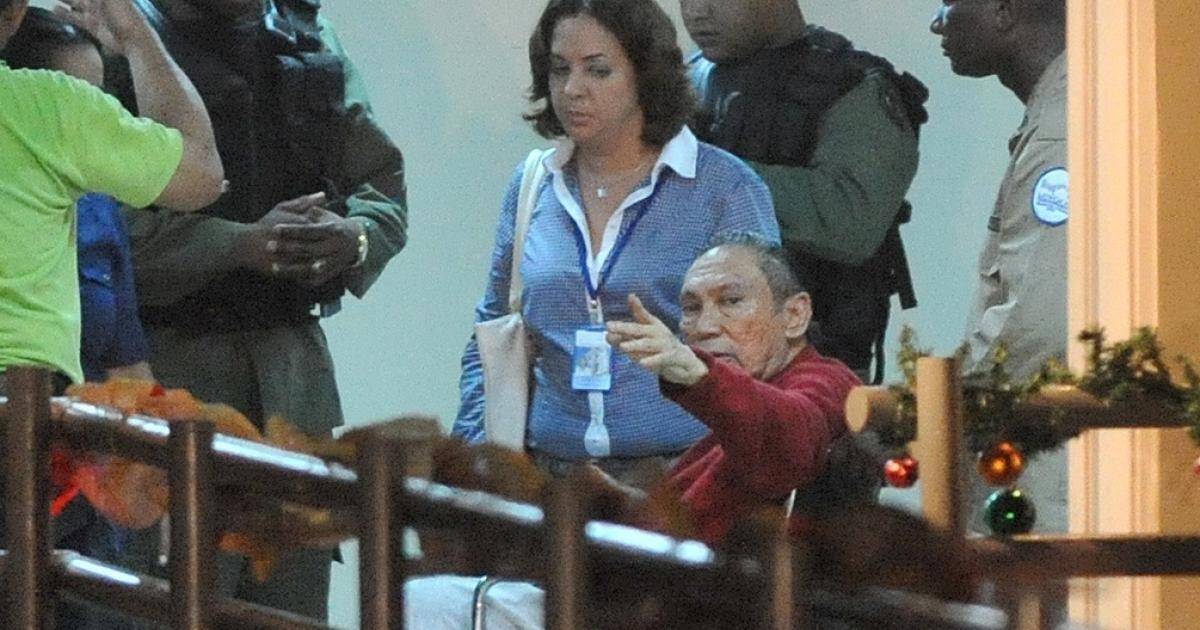 Manuel Noriega, enroute.</p>