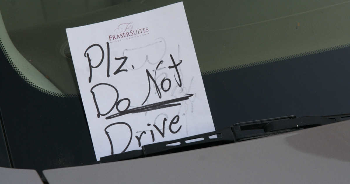 A note left on a female driver's car in Riyadh. Saudi women are forbidden to drive, though a number of women have disobeyed the law in recent months as part of a larger effort to gain greater social autonomy.</p>
