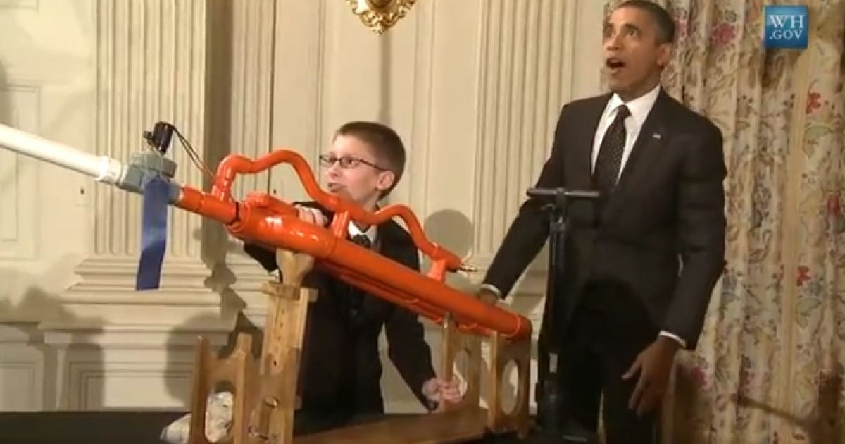 President Barack Obama and 14-year-old Joey Hudy watch a marshmallow fly across the White House State Dining Room.</p>