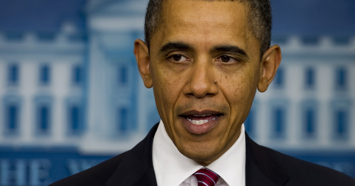 President Barack Obama announces that religious employers will not be mandated to offer free contraceptive coverage for workers at the White House, February 10, 2012.</p>