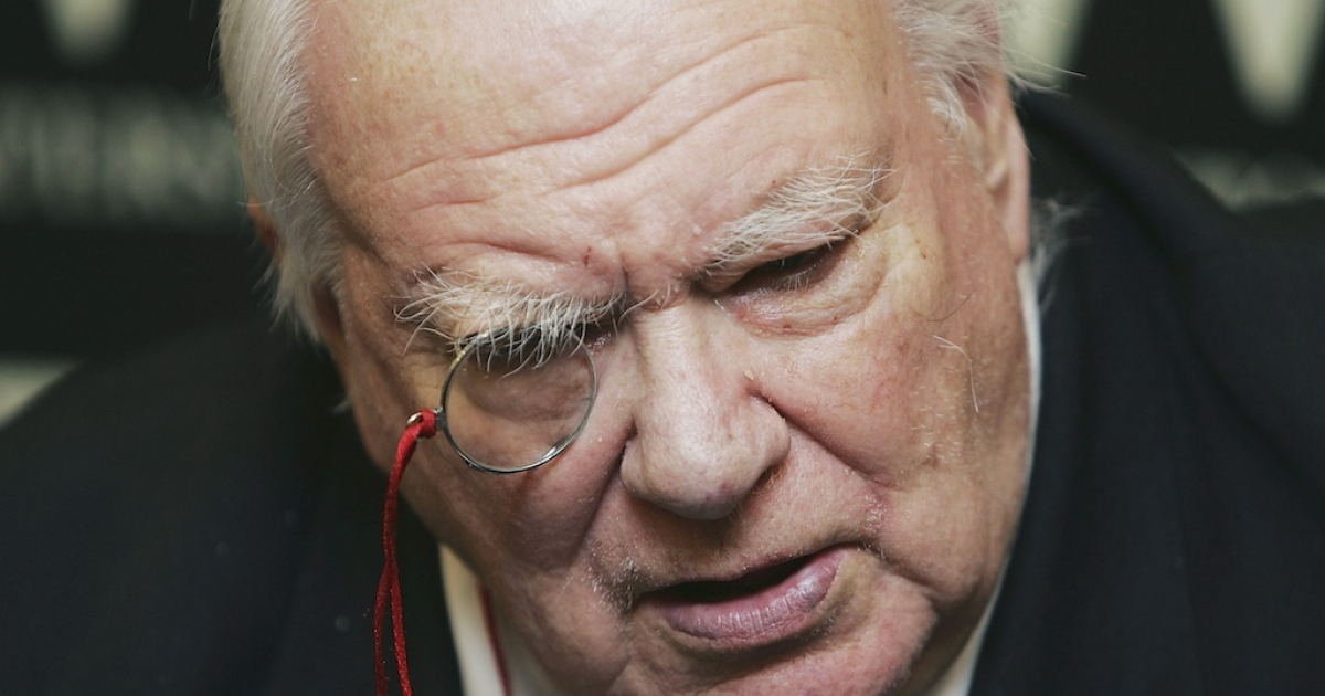 Patrick Moore inspired generations of professional and amateur stargazers.</p>