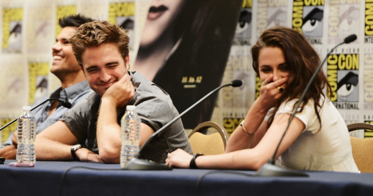Pattison and his girlfriend Kristen Stewart at a press conference, five days before the actress was caught cheating.</p>