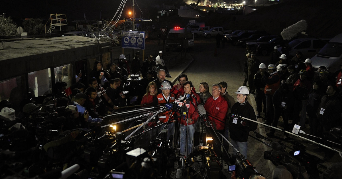 Chilean Mining Minister Laurence Golborne speaks during a press conference at the San Jose mine, near the city of Copiapo, 800 kilometers (480 miles) north of Santiago. Oct. 9, 2010. At the time, 33 miners were trapped within the mine, in the end all were successfully rescued.</p>