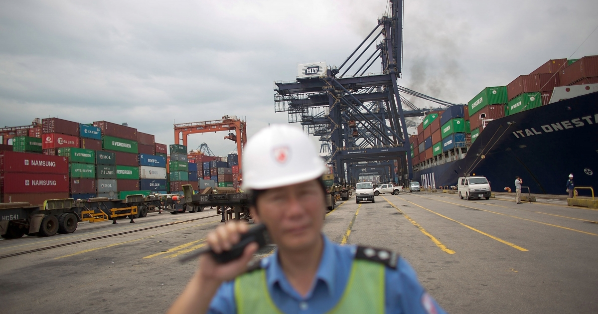 Chinese manufacturing rose in March after a downturn early in 2013. The increase in output was, however, slower than economists predicted.</p>