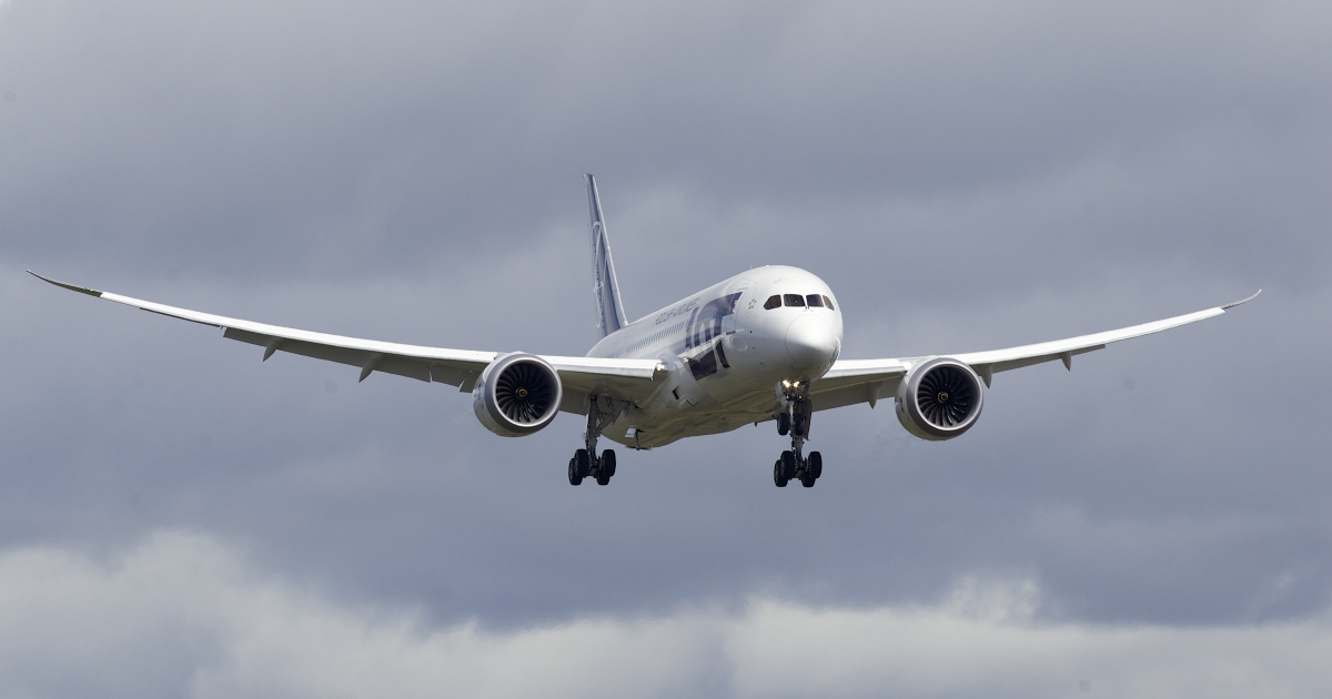 United Airlines has said that its Boeing Dreamliner fleet will take flight by May 31 after numerous technical problems.</p>