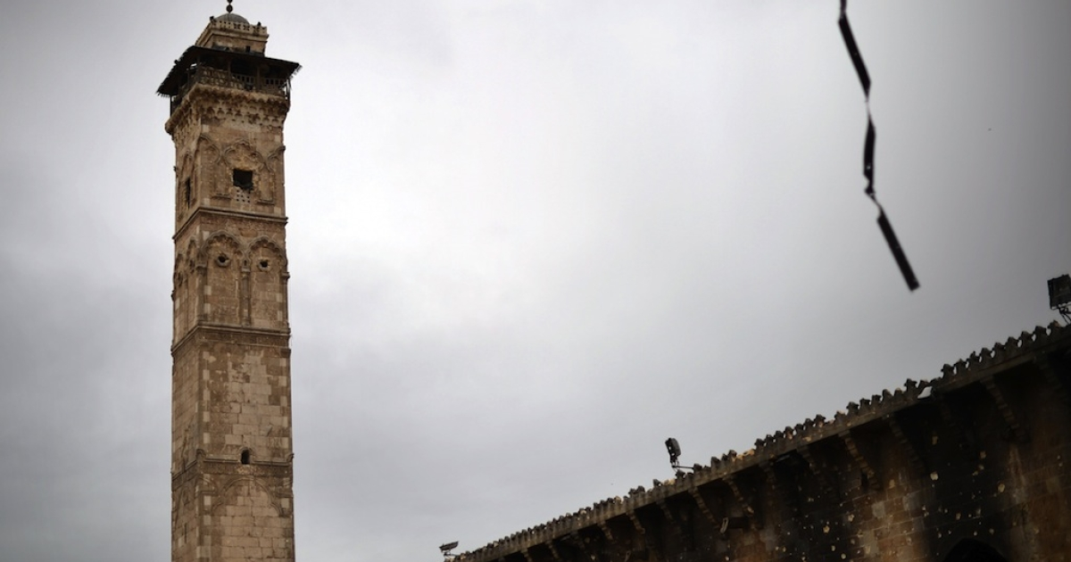 A picture taken on April 16, 2013 shows the minaret of the Umayyad Mosque complex in the old part of Syria's northern city of Aleppo. After nine months of fighting that has devastated many districts in Aleppo, rebels now control more than half of the city.</p>