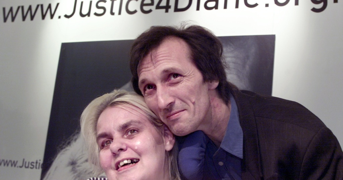 Terminally ill Diane Pretty (L), with her husband Brian, was denied the right-to-die by the European Court of Human Rights in 2002.</p>