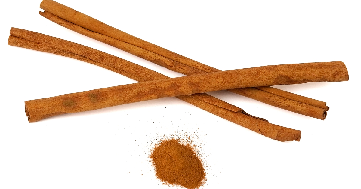 The cinnamon challenge has come back with a vengeance and is prompting warnings by doctors.</p>