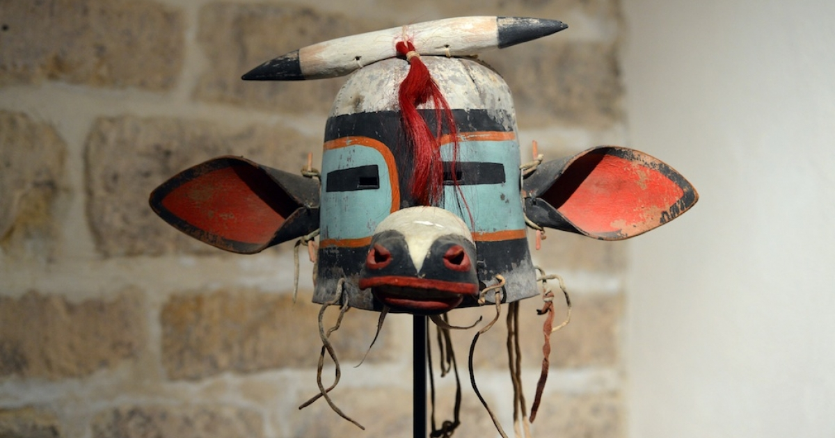 This picture taken on April 5 shows the 'Wakaskatsina' mask, one of 70 masks that went under the hammer at an auction in Paris on April 12.</p>