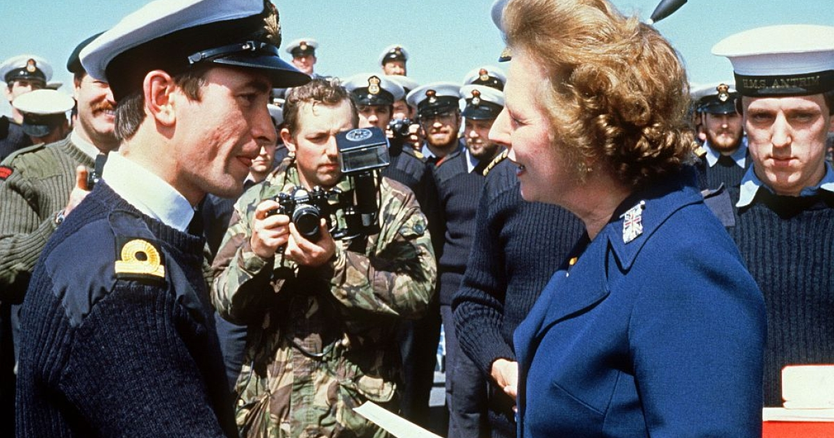 Thatcher in 1983 meeting navy personnel on the Falkand Islands.</p>