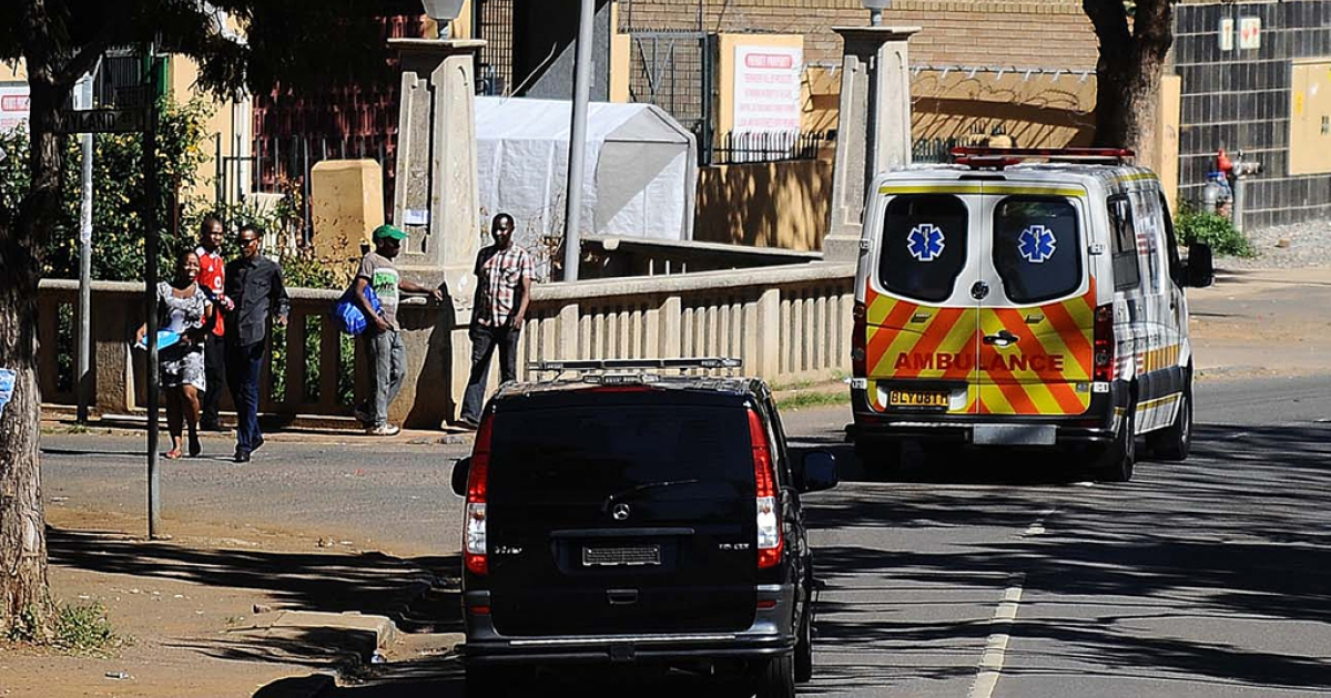 A military ambulance, allegedly carrying former South African President Nelson Mandela, leaves the Mediclinic Heart Hospital on April 6, 2013  in Pretoria. The South African president's office said Mandela had left hospital after a 10-day stay during treatment for pneumonia.</p>