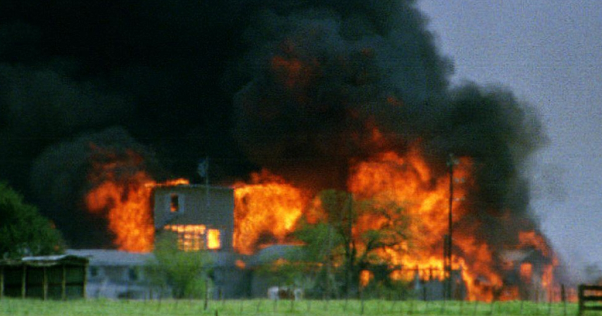 Flames burn the Branch Davidian cult compound near Waco, Texas, on April 19, 1993. The fire apparently started inside the compound several hours after federal agents began pumping tear gas into the headquarters of the cult led by David Koresh.</p>