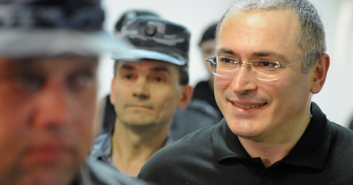 Mikhail Khodorkovsky is a free man for the first time in 10 years, after Russian President Vladmir Putin signed a decree for his release.</p>
