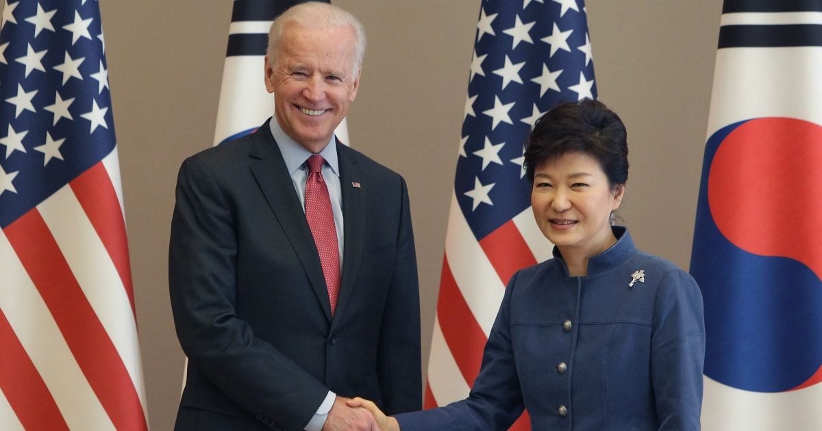 Vice President Biden shakes hands with South Korean President Park Geun-Hye on December 6, 2013 in Seoul, South Korea.</p>