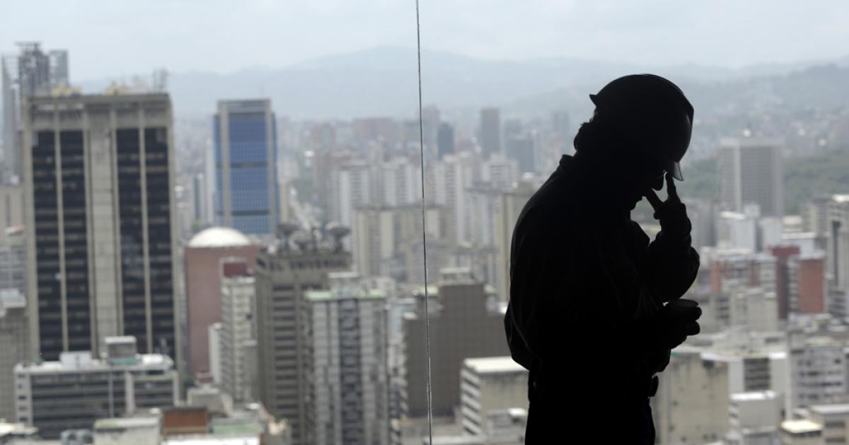Caracas city blues.</p>
