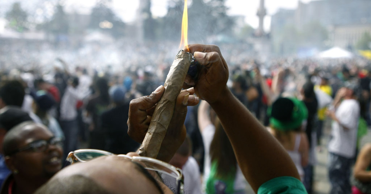 Thousands gathered to celebrate Colorado's medicinal marijuana laws and collectively light up at 4:20 p.m. in Denver's Civic Center Park, April 20, 2012.</p>