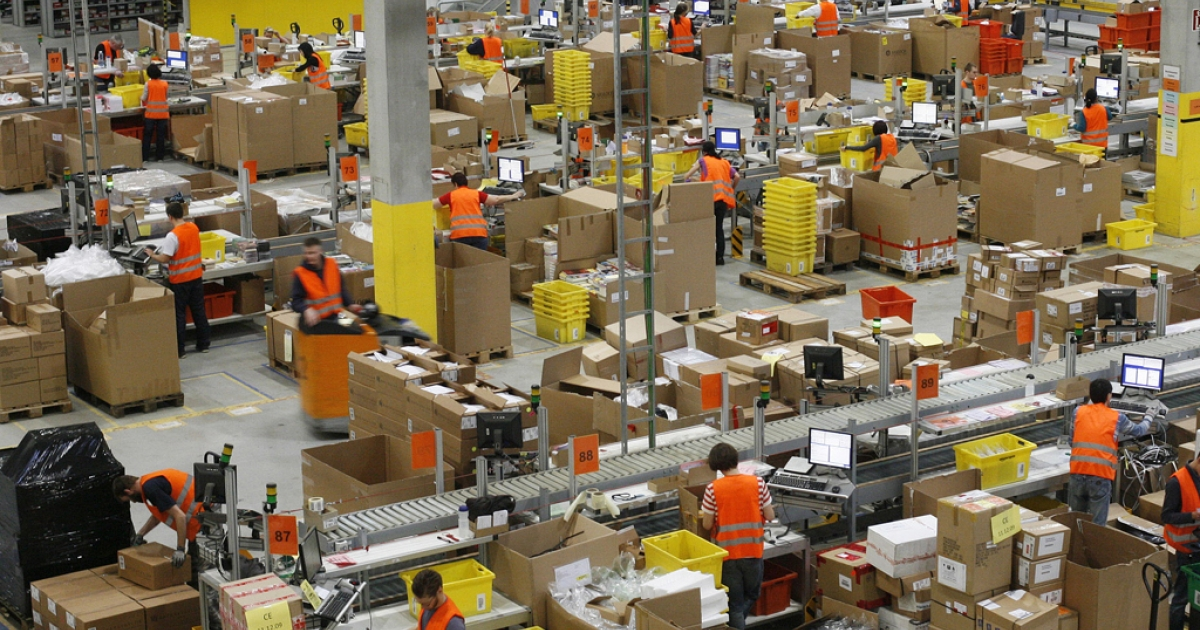 Workers at online retailer Amazon's distribution center in Leipzig on Dec. 11, 2009.</p>