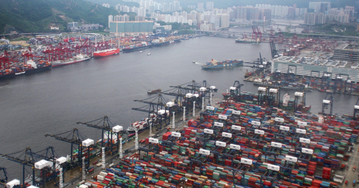 An overview of Hong Kong's container port terminal on June 7, 2007.</p>