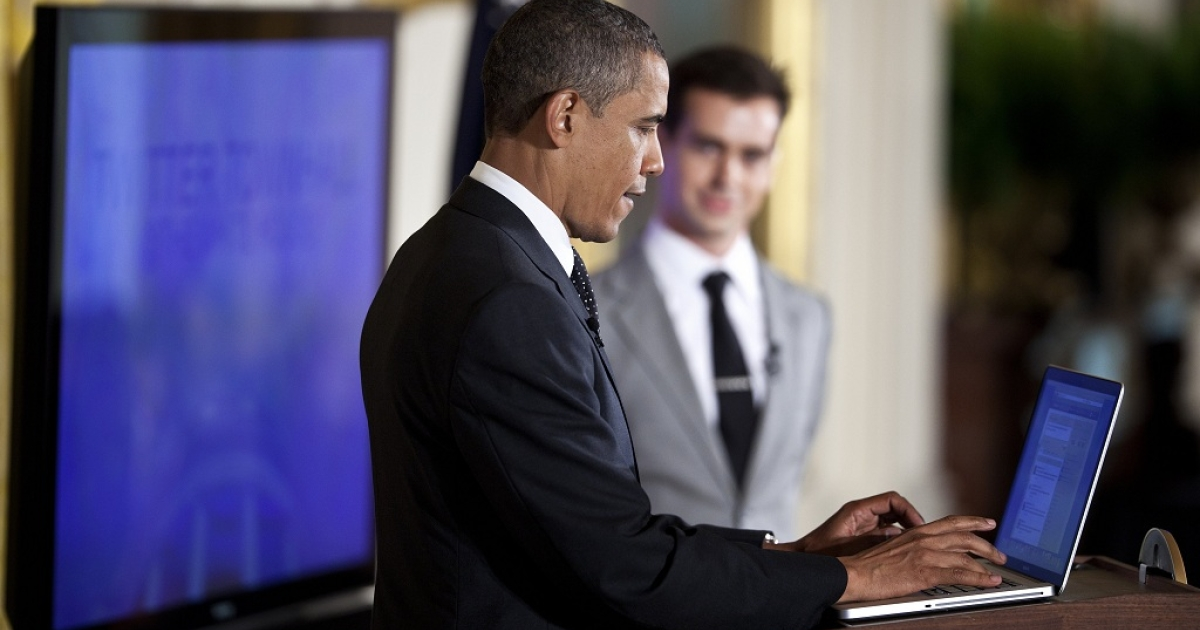 President Barack Obama posts a Tweet during an online Twitter town hall meeting from the East Room of the White House July 6, 2011 in Washington, DC. Obama and Twitter co-founder and Executive Chairman Jack Dorsey held the online discussion to speak about the U.S .debt ceiling crisis.</p>