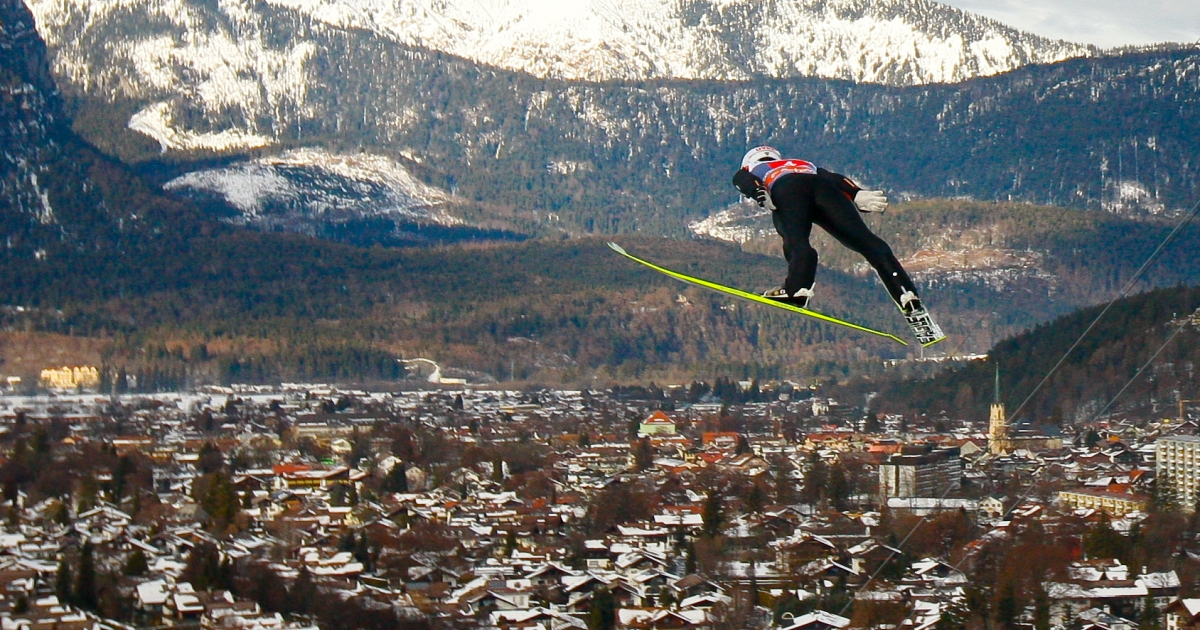 Skiing at Garmisch-Partenkirchen: one of many perks for American military personnel and others stationed in the area.</p>