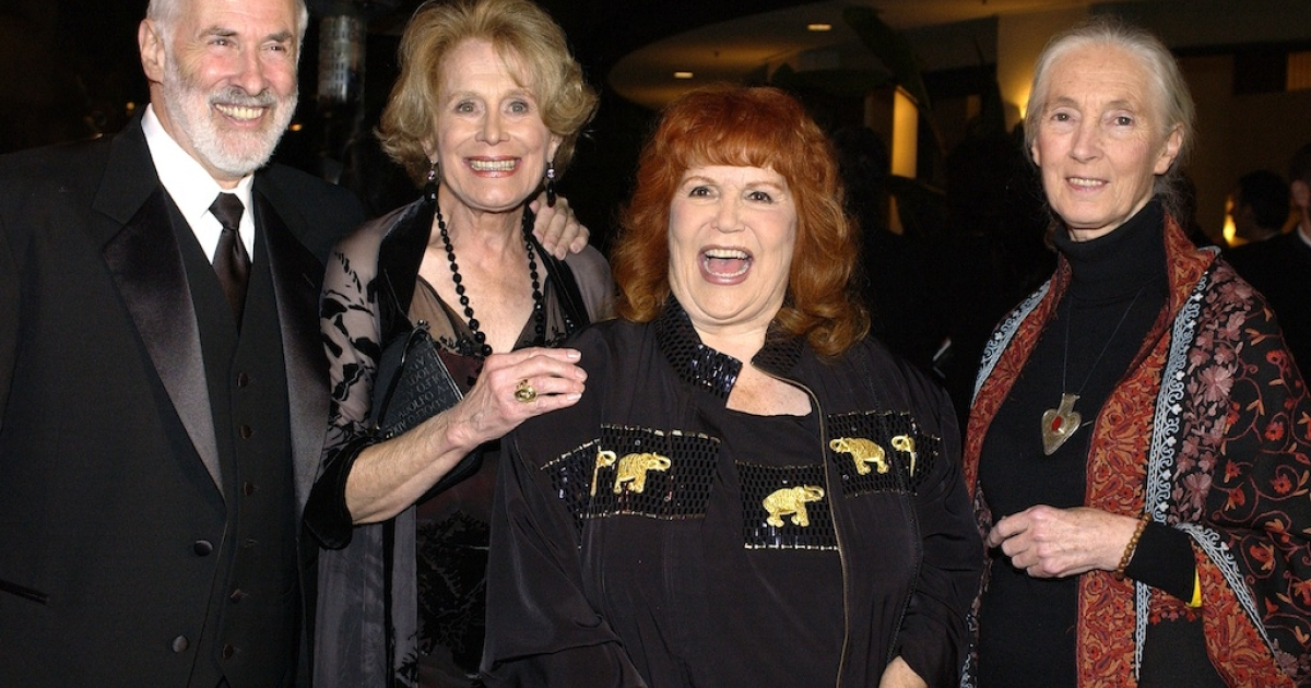 IDA President Elliot Katz, DVM, Humane Society President Gretchen Wyler, animal activist Pat Derby and Dr. Jane Goodall attend the 2nd Annual Guardian Awards fundraiser hosted by the In Defense of Animals organization at Paramount Studios October 30, 2004 in Hollywood, California.</p>