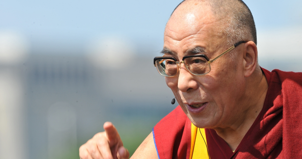 Tibetan spiritual leader the Dalai Lama delivers a talk for world peace in front of the US Capitol in Washington on July 9, 2011.</p>