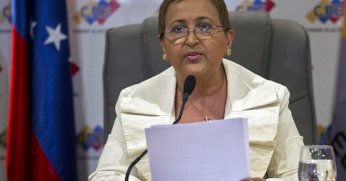 The president of the Venezuelan National Electoral Council (CNE), Tibisay Lucena, speaks during a press conference at the CNE headquarters in Caracas, on March 9, 2013. Venezuela will hold a presidential election to succeed late leader Hugo Chavez next April 14, the national electoral council announced Saturday.</p>