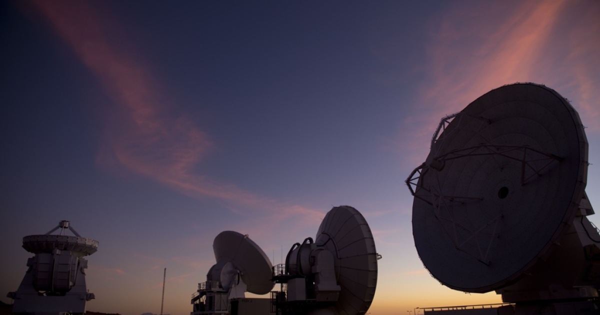 Radio telescope antennas of the ALMA ( Atacama Large Millimeter/submillimeter Array) project are seen in the Chajnantor plateau, Atacama desert, some 1500 km north of Santiago, on March 12,2013. The ALMA, an international partnership project between Europe, North America and East Asia, with the cooperation of Chile, is presently the largest astronomical project in the world. On March 13, 66 high precision antennas will be opened, located at an altitude of 5000 meters above sea level in the extremely arid Atacama desert.</p>