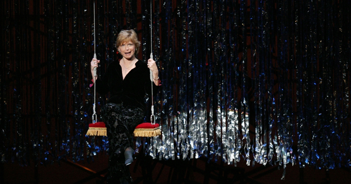 Bonnie Franklin performs at The 4th Annual S.T.A.G.E. Event on Oct. 25, 2003, in Los Angeles.</p>