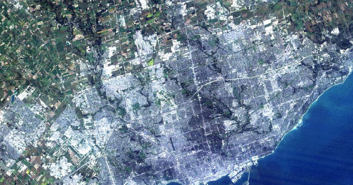 Toronto has edged out Chicago as North America's fourth largest city. Both cities have just under three million people in their downtown cores.</p>