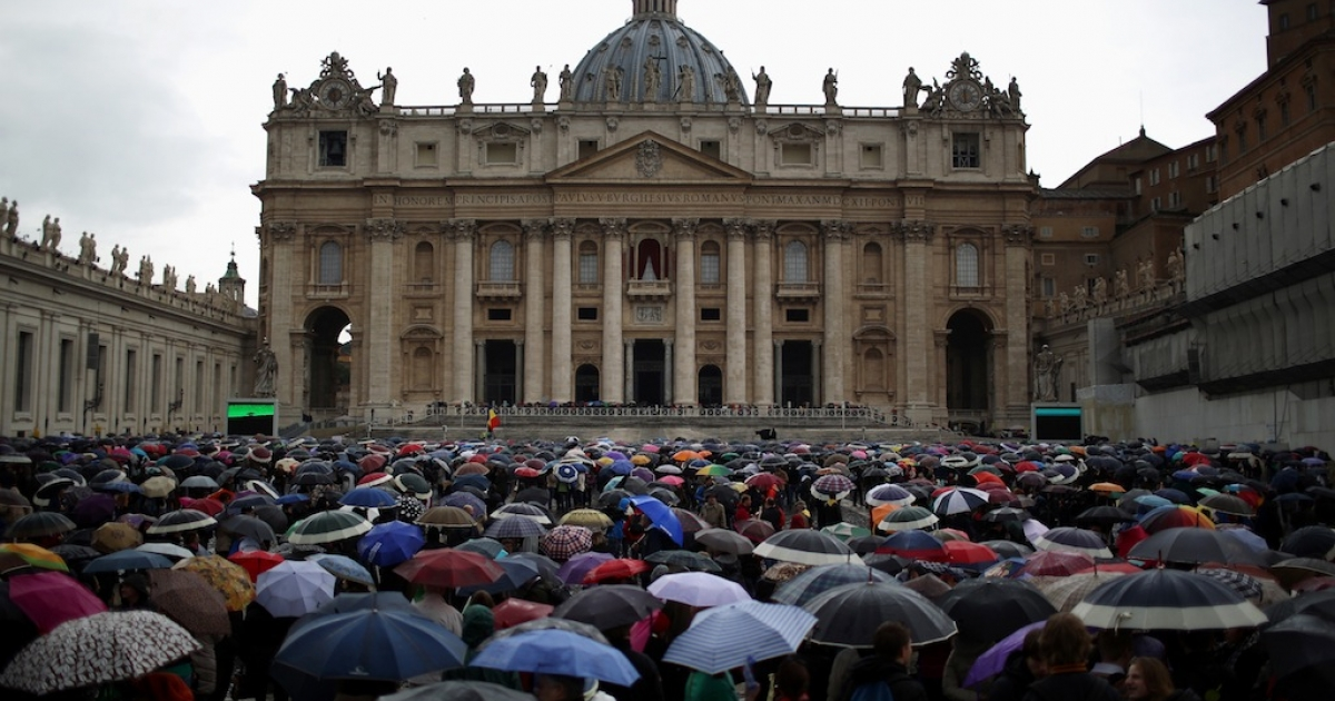 Rumors linking the Vatican bank to shadowy slush funds, offshore accounts and money laundering by organized criminals and even terrorists have long cast a cloud over its finances.</p>