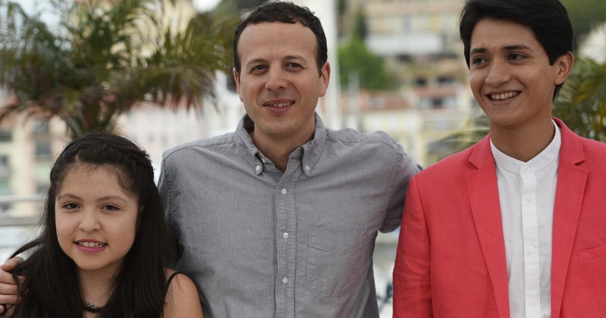 Director Amat Escalante (middle) with actors Andrea Vergara and Armando Espitia in Cannes.</p>