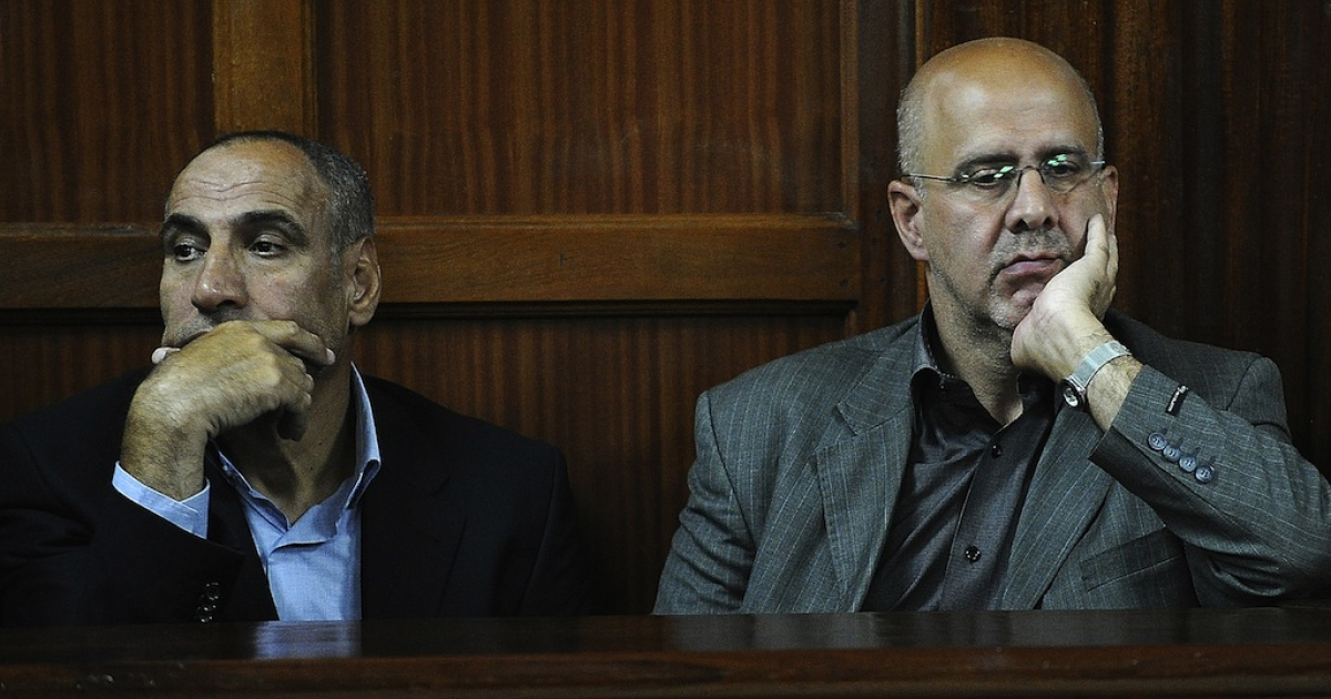 Iranian nationals Sayed Mansour Mousavi (L) and Ahmad Abolfathi Mohammed in court during their trial in Nairobi, Kenya on May 6, 2013.</p>