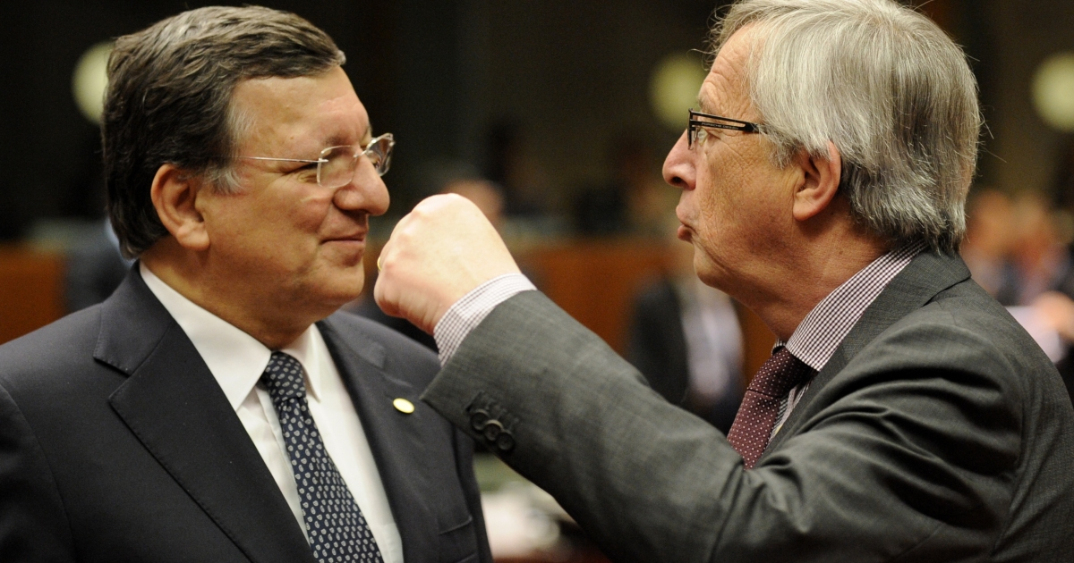 European Commission President Jose Manuel Barroso (L) with Luxembourg's Jean-Claude Juncker during the EU summit on Wednesday. Barroso has urged EU countries to support the full automatic exchange of earnings data.</p>