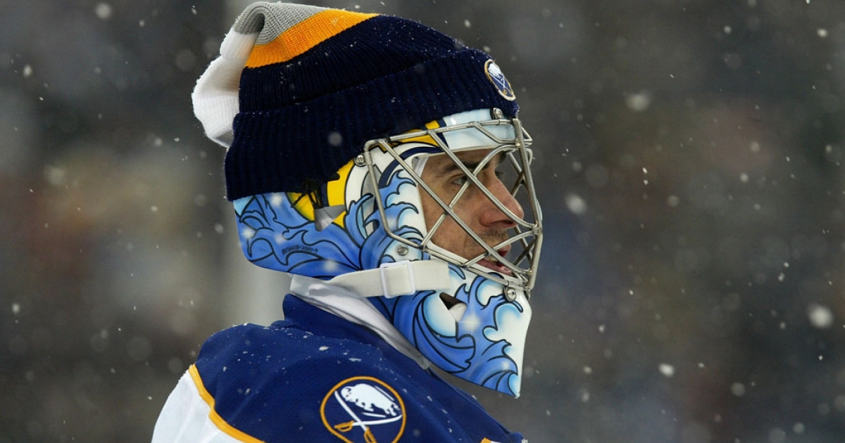 Snow falls on goaltender Ryan Miller of the Buffalo Sabres during the NHL Winter Classic against the Pittsburgh Penguins at the Ralph Wilson Stadium on January 1, 2008 in Orchard Park, New York. The Penguins won the game 2-1 in a shootout.</p>
