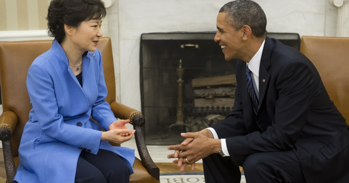 US President Barack Obama meets with South Korean President Park Geun-hye in the Oval Office of the White House in Washington, DC, on May 7, 2013.</p>
