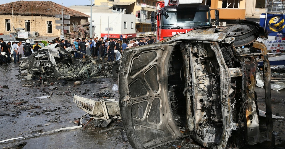 Two car bombs killed at least 40 people and wounded more than 100 in the Turkish town of Reyhanli on the Syrian border on Saturday. The bombs, which exploded in downtown Reyhanli, including outside the local municipal building, raised fears that Syria's ongoing civil war is spilling over its borders and into neighboring countries.</p>