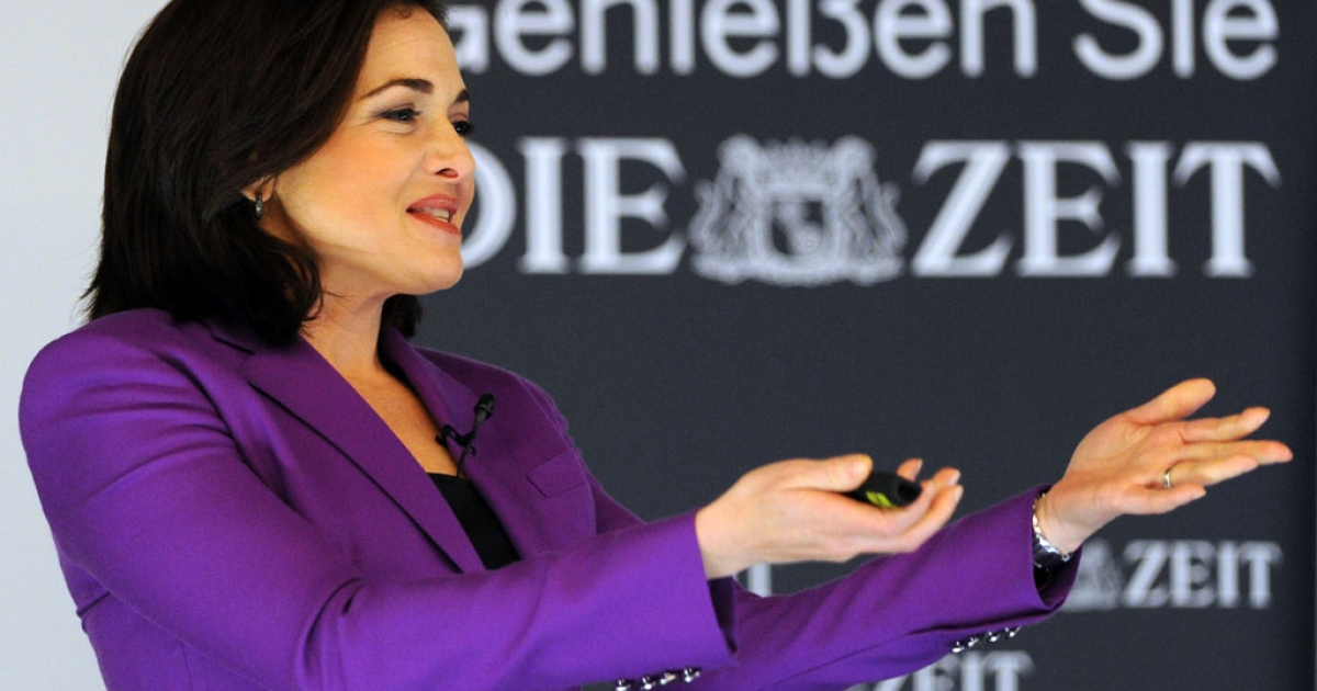 Facebook COO Sheryl Sandberg delivers a speech at the Women in Leading Positions conference in Hamburg, Germany, on April 18, 2013.</p>