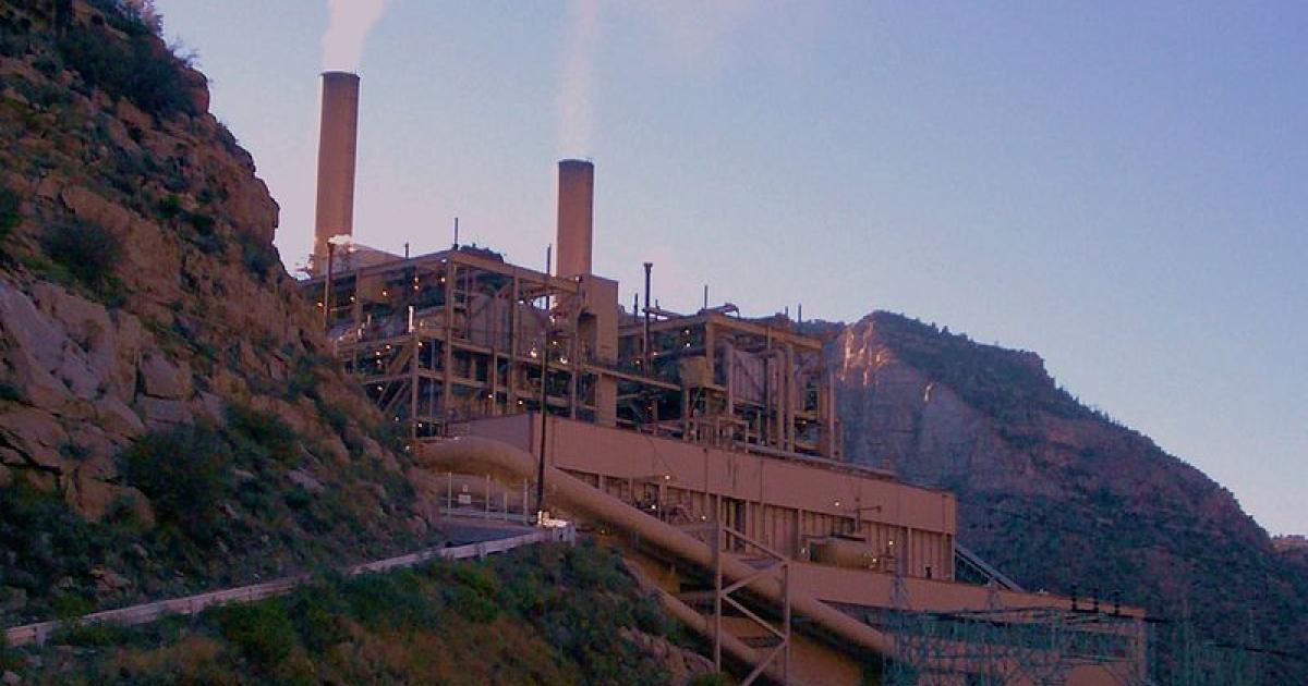 Castle Gate Power Plant near Helper, Utah, by David Jolley 2007.</p>