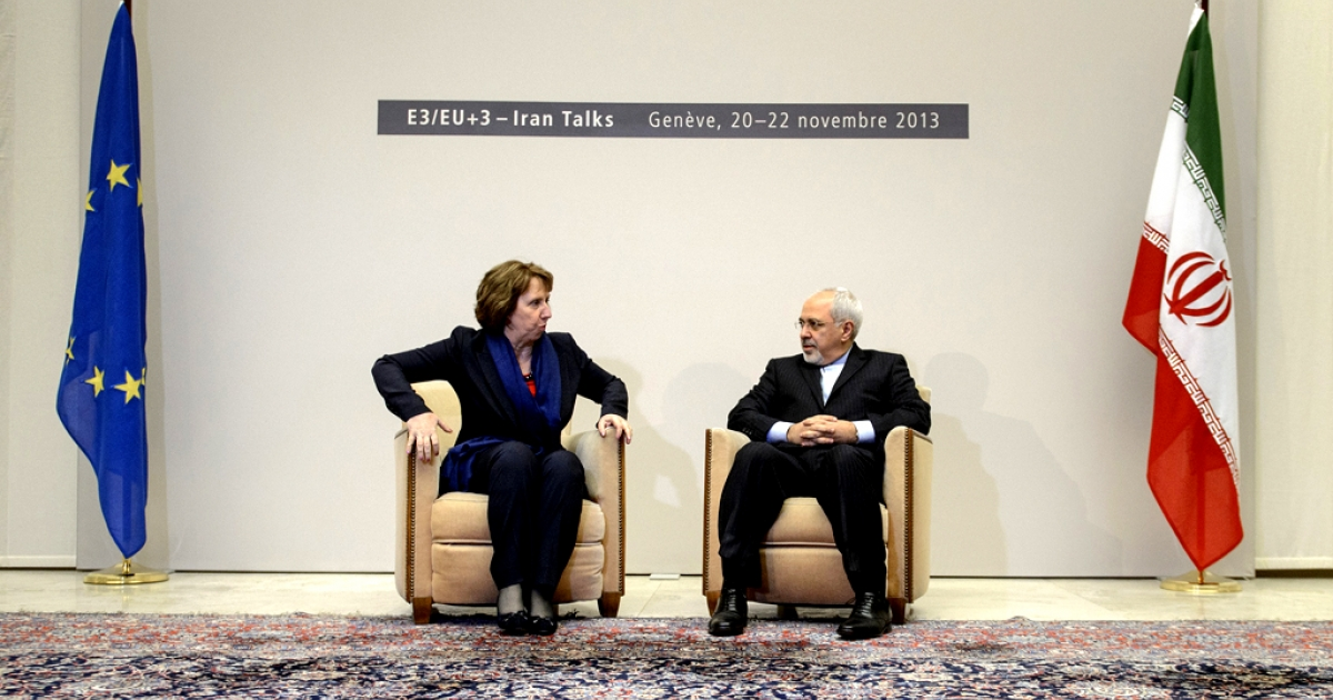EU foreign policy chief Catherine Ashton (L) sits next to Iranian Foreign Minister Mohammad Javad Zarif on November 20, 2013 at the start of closed-door nuclear talks in Geneva.</p>