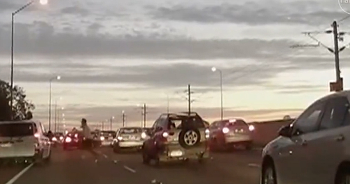 Drivers in western Australia were horrified when a crazed commuter jumped out of his car and began headbutting other vehicles in an apparent act of road rage on Nov. 11, 2013.</p>