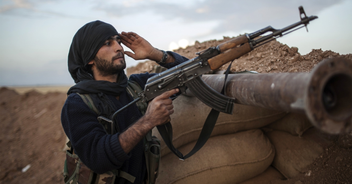 A fighter of the Kurdish YPG. Kurdish fighters are engaged in combat against Al Qaeda-affiliated groups, the Islamic State of Iraq and the Levant and Al-Nusra Front, said the Syrian Observatory for Human Rights.</p>