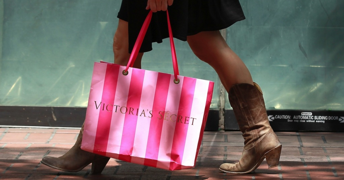 Two teen girls were detained after a Victoria's Secret security guard allegedly found human remains in their shopping bag.</p>