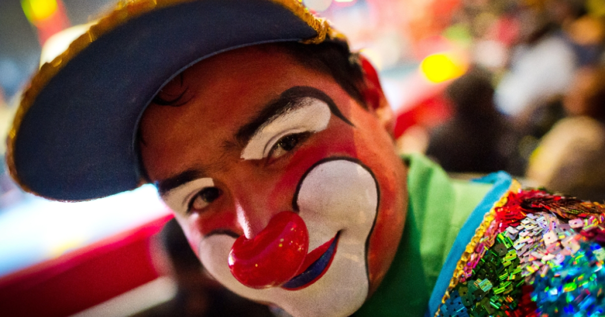 A silent, staring clown is scaring the British town of Northampton. Here, a clown poses prior to a show of the UniverSoul Circus at National Harbor, Maryland on June 16, 2013.</p>